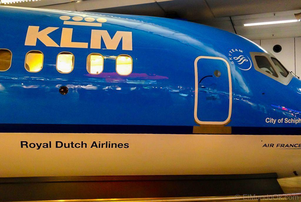 Un avión a escala de KLM en el Aeropuerto de Amsterdam Schipol.