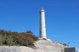 Ilumínate hacia la historia de un puerto seguro con los 6 Faros de Málaga