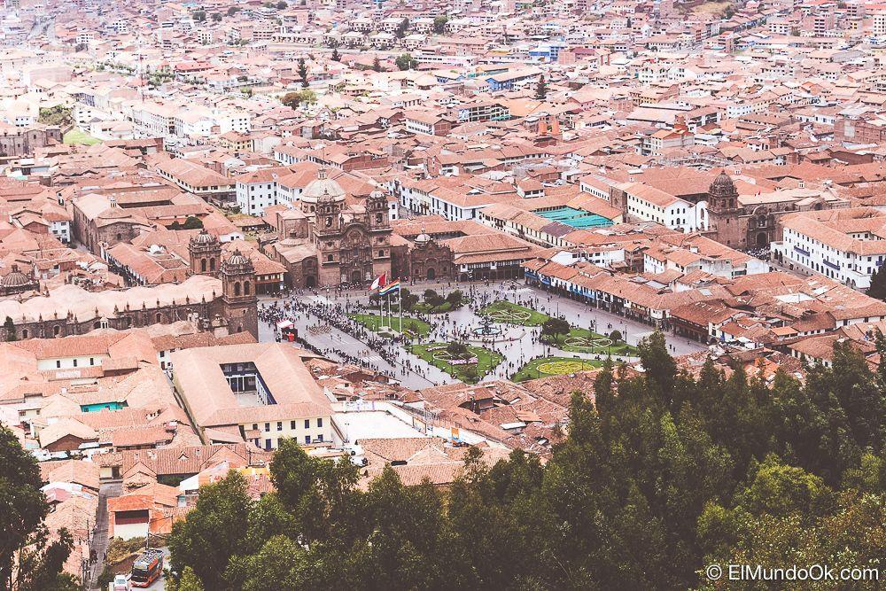 Vista de la Plaza de Armas, qué hacer en Cusco.