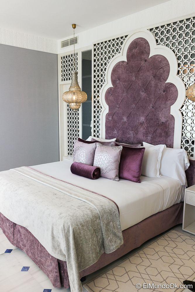 Una suite de estilo nazarí con vistas al mar. Gra Hotel Miramar.