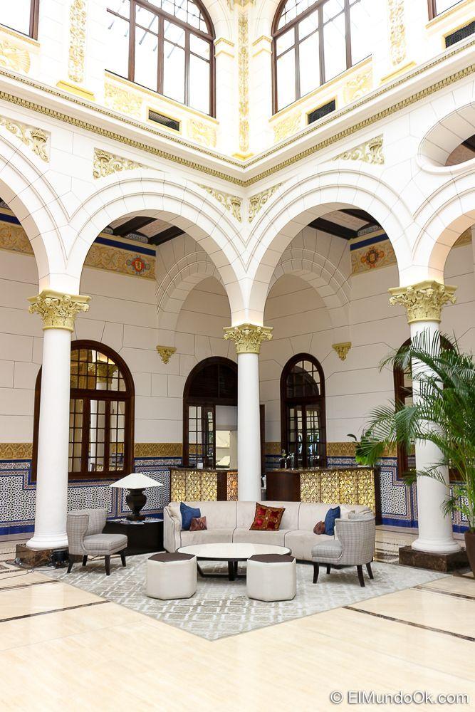 Mobiliario en el Lobby Real. Gran Hotel Miramar.