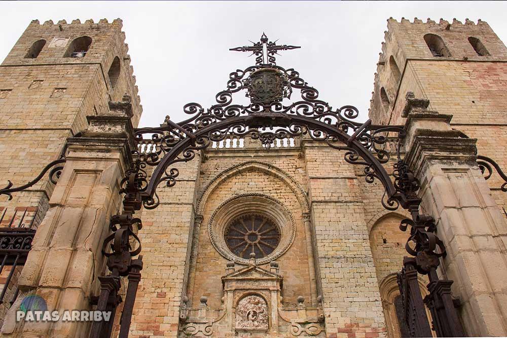 Fachada Catedral de Sigüenza