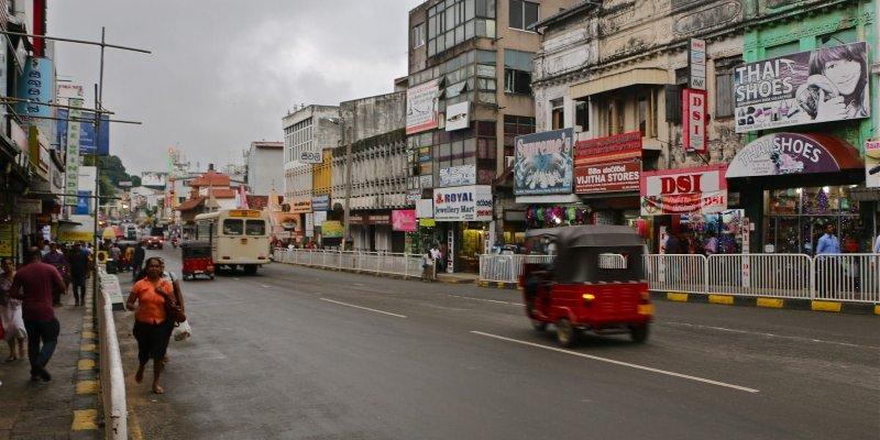Kandy: La ciudad sagrada del Templo del Diente de Buda en Sri Lanka