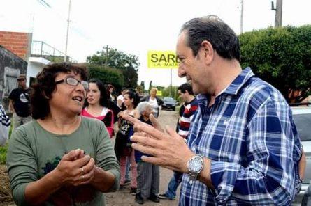 Miguel Saredi apoya el reclamo de vecinos de la vuelta a la doble mano de la calle Gaona en Ramos Mejía