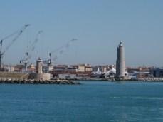 Bocana del puerto de Livorno.