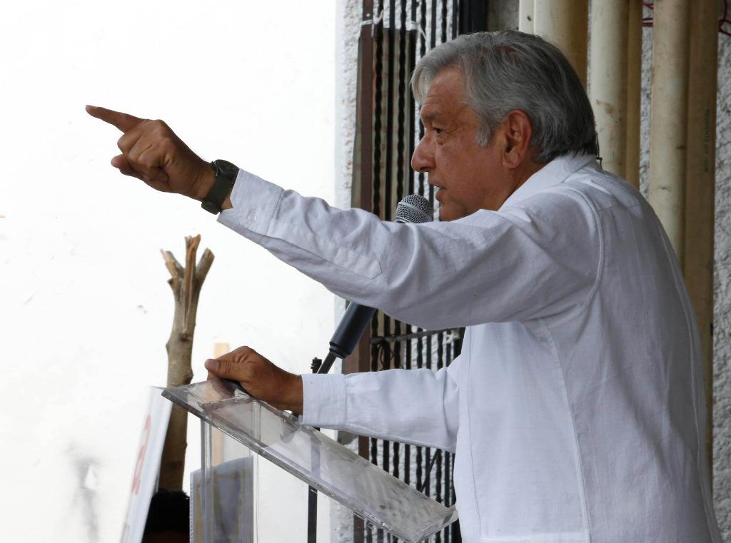 Socavón, muestra de la corrupción e impunidad: AMLO
