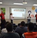 Concientizan jugadores de Toros a estudiantes a llevar una vida sana