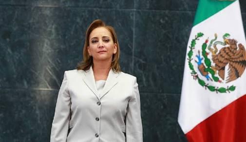 Sobrina de Carlos Salinas de Gortari asume la secretaría general del PRI