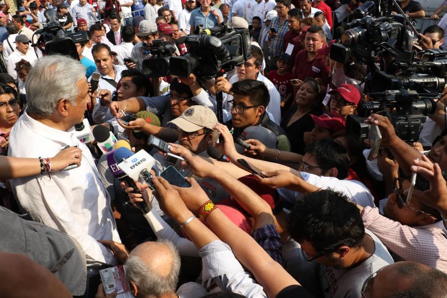 Asegura AMLO que dirigentes del PRD no quieren la transformación de México