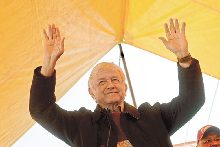Perredistas piden a dirigencia respetar su derecho de apoyar a AMLO