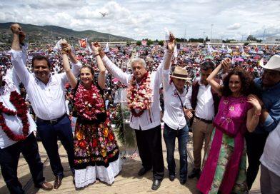 Llama AMLO a la reconciliación y al diálogo por la educación en cierre de campaña en Oaxaca