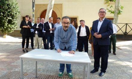 José Moreno Medina firma el Código Ético socialista por la transparencia y contra la corrupción