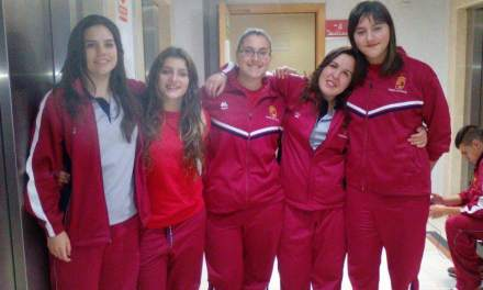 Cinco integrantes del Club Balonmano Bullense, en el Campeonato de España
