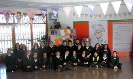 El Colegio Concertado Nuestra Señora de las Maravillas de Cehegín  se engalana de Paz