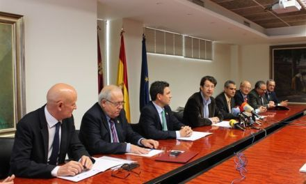 Caravaca apoyará proyectos empresariales junto a la Unidad de Aceleración de Inversiones del INFO
