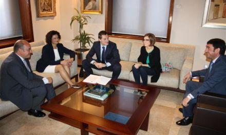 José Rafael Rocamora le pide al Presidente de la Comunidad apoyo para que una Escuela de Hostelería del Noroeste se instale en Cehegín