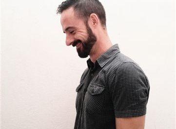 David López Sandoval:«La ironía es lo único que puede salvarnos ante la nada que nos amenaza»