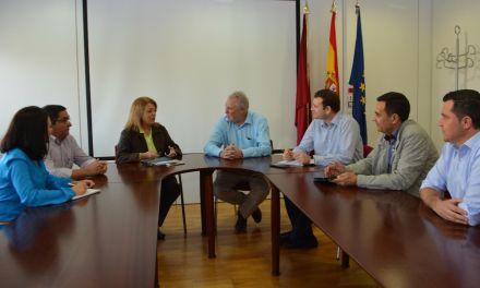 El PP pide al gobierno que incluya en los presupuestos la cubierta de la pista deportiva del Vega del Argos de Cehegín