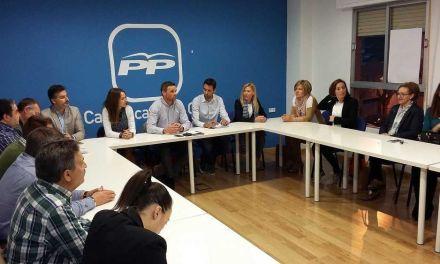 El nuevo PP de Caravaca inicia su andadura con el diálogo, la regeneración y la cercanía con los vecinos como grandes objetivos