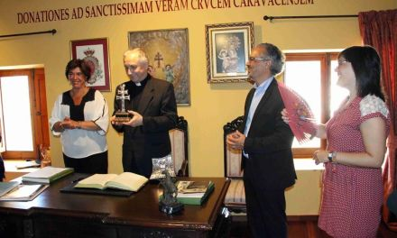 El obispo de la provincia italiana de Brescia peregrina a Caravaca, acompañado de sacerdotes y fieles