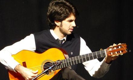 Publicado en China el método de guitarra flamenca de Blas Martínez