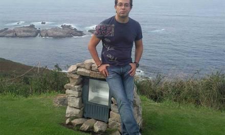 """""""Me gustaría transmitir que el avance científico es una pirámide donde todos somos muy importantes"""", José Juan López Espín"""