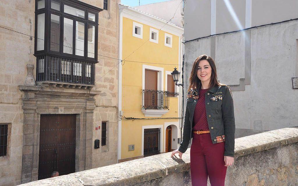 Miriam Rubio gana el concurso de diseño de la empresa de calzado Amara de la Cruz