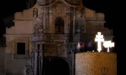 La Cruz en la Torre del Reloj