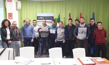 """Comienza su andadura en Cehegín el curso """"Operaciones Básicas de Restaurante y Bar"""""""