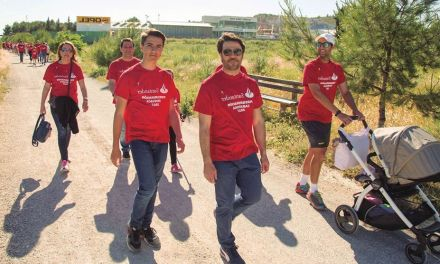 Trabajadores del Santander realizan el último tramo del Camino