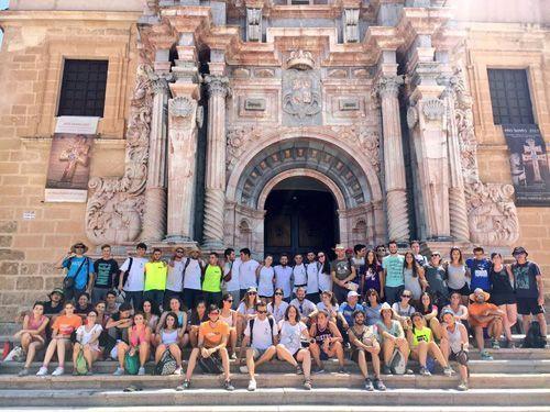 Los voluntarios de los campos de trabajo de la Región peregrinan a Caravaca de la Cruz