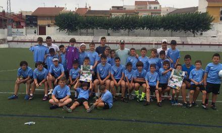 Un campus de fútbol bilingüe para los niños de Calasparra