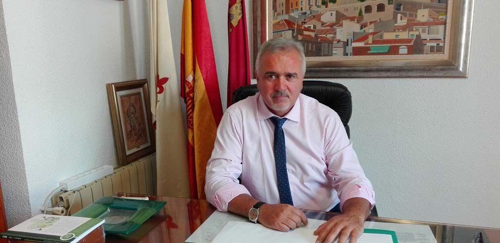 El Alcalde de Moratalla informa sobre los Consejos Comarcales Agrarios (paro agrícola)