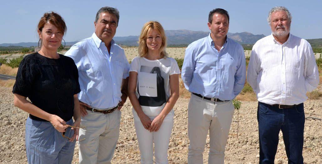 María José Pérez Cerón se suma a las reivindicaciones de los grupos parlamentarios y del alcalde de Mula en defensa de las Comunidades de Regantes de la Comarca