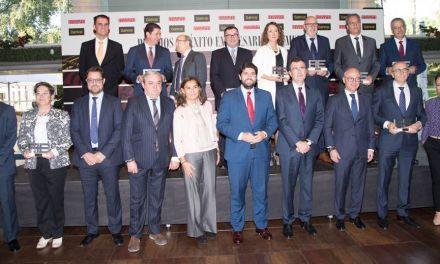 Alfonso López, galardonado como mejor empresario de la región por la revista Actualidad Económica