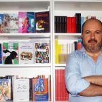"""""""Si dudamos que el manuscrito que tenemos entre las manos sea capaz de aspirar a construir un mundo mejor es mejor dejarlo estar"""" Francisco Serrano, editor de MurciaLibro"""
