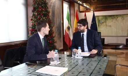 El Alcalde de Cehegín se reúne con el Presidente de la Comunidad Autónoma para tratar temas de interés general para el municipio