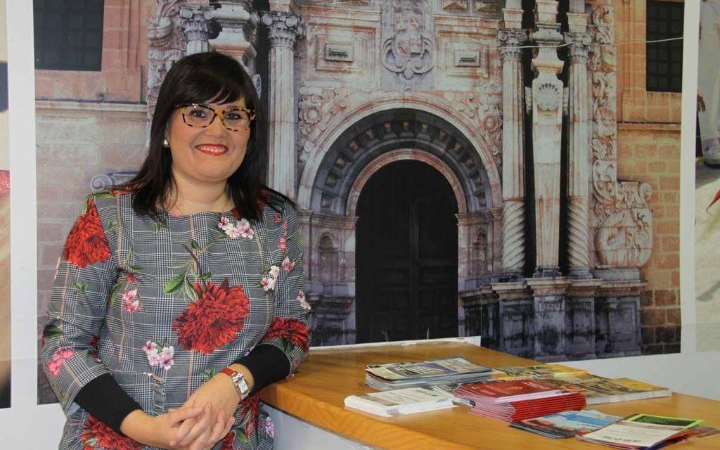 """""""Si pudiéramos conseguir que los visitantes se convirtieran en turistas de más de un día, se generaría gran desarrollo económico, pero esto solo es posible con la unión comarcal"""", Gloria Gómez, concejal de Turismo y Comercio en el Ayuntamiento de Caravaca"""