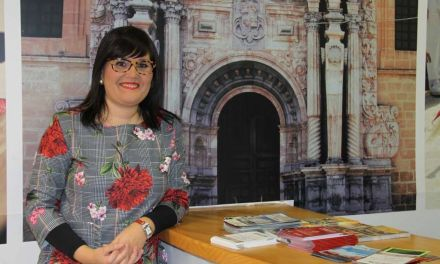«Si pudiéramos conseguir que los visitantes se convirtieran en turistas de más de un día, se generaría gran desarrollo económico, pero esto solo es posible con la unión comarcal», Gloria Gómez, concejal de Turismo y Comercio en el Ayuntamiento de Caravaca