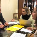 Reunión entre el Alcalde de Mula y la Consejera de Educación