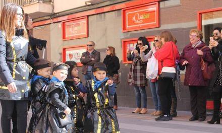 Los niños de Bullas desfilan por Semana Santa