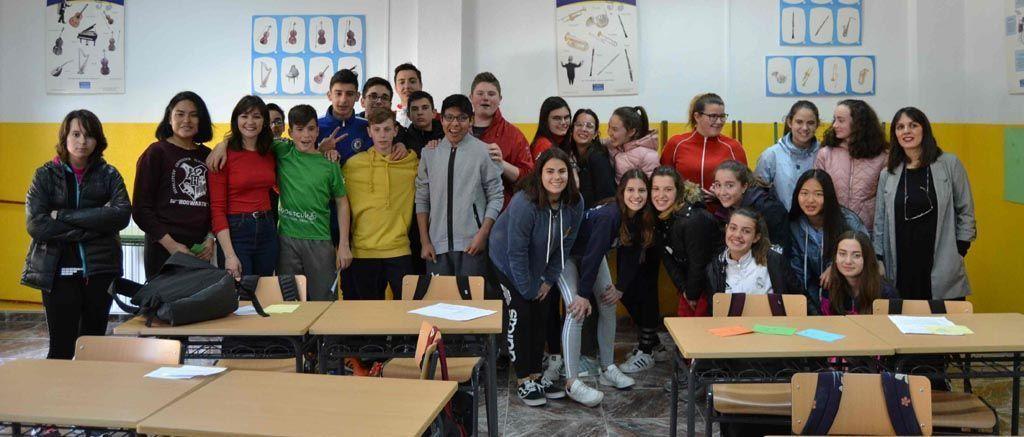 Más de 300 estudiantes caravaqueños participan en los talleres de la Concejalía de Juventud sobre uso seguro de las redes sociales