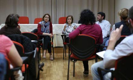 La Concejala de Educación se reúne con las AMPAS de Cehegín para compartir impresiones acerca de la aplicación de la nueva Ley de Gratuidad de Libros de Texto