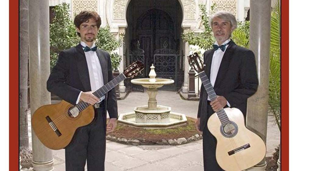 El Dúo Vergara, de Chile, ofrece este viernes el concierto de guitarra y charango 'Ecos del Altiplano Andino'