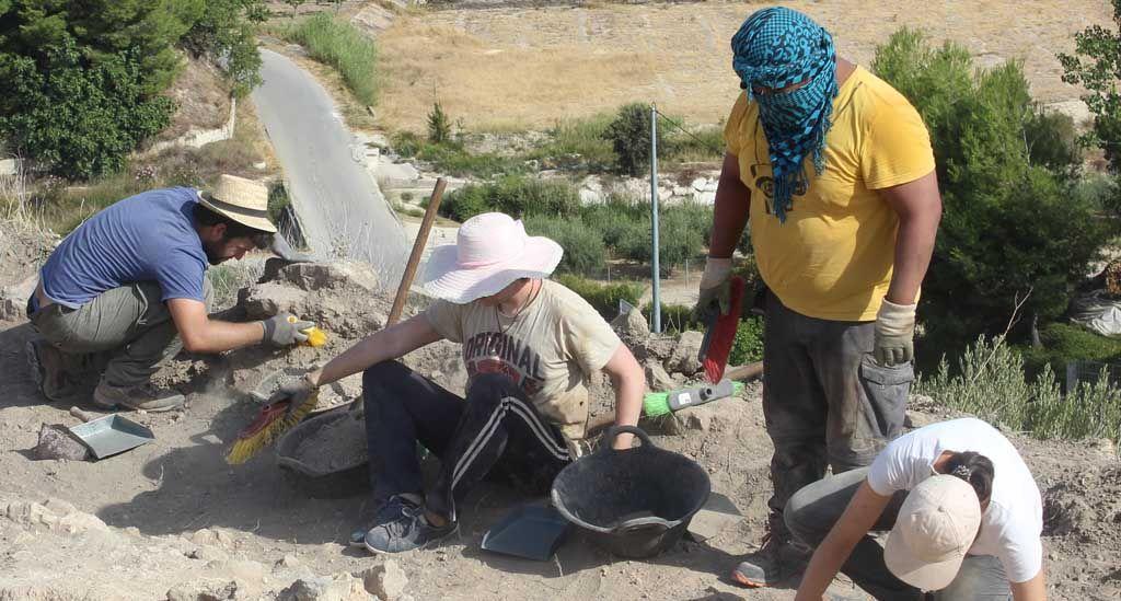 La Universidad de Murcia excava la zona occidental del yacimiento de Begastri