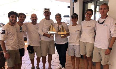 El Carmen Élite Seis, equipo ganador de la III Regata Camino de la Cruz-'Trofeo Punta Este'