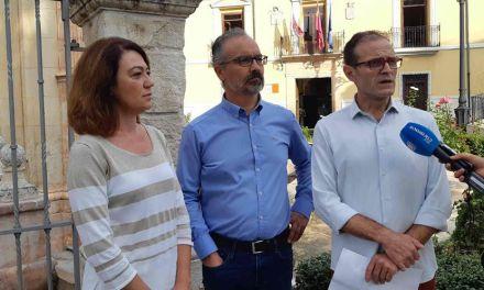 Concluyen los programas de empleo público local de pintura y albañilería en espacios urbanos y edificios públicos de Caravaca