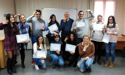 Juventud Caravaca abre el plazo de inscripción en el curso básico de Lengua de Signos