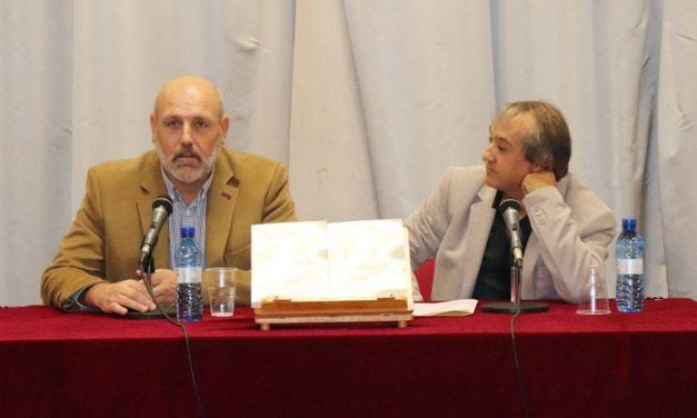 """El ceheginero Pedro López Fernández presenta """"Las cenizas de Manhattan"""""""