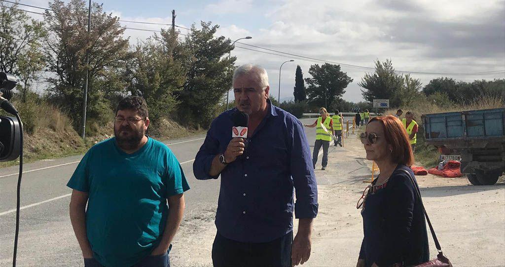 La construcción de la acera para peatones en la carretera de Caravaca hacia el Tanatorio ha dado comienzo